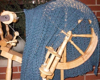 Country Blue Stretchable Lace Shawl