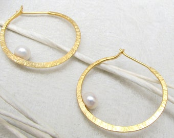 LaLune - small golden Silver Loops with  pearl