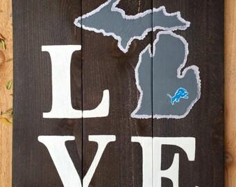 LOVE Detroit Lions Michigan Wooden Sign