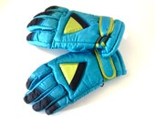 1980s Retro Kids Ski Gloves Winter Snow Vintage Insulated Neon Turqoise Green Fits Age 9-11 or Womens Small