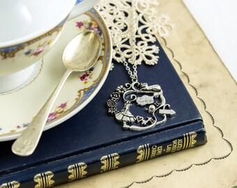 Alice in Wonderland and Cheshire Cat Necklace - Alice in Wonderland Jewellery