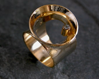 Statement Ring, Black Crystal Ring, Unique Gold Ring, Gold Statement Ring, Chunky Ring, Unique Ring, Statement Jewelry, Gift for Women