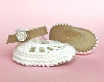 Baby Mary Jane Shoes, Boho Baby Clothes, Ivory Flower Infant Sandals, Gold Leather Ballet Shoes, Bohemian Crochet Booties, Brown Anklets