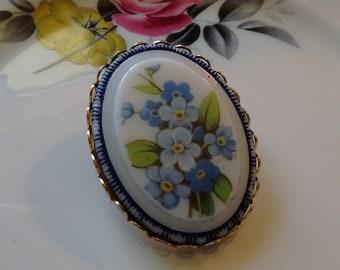 Blue Floral Brooch:  Vintage Beauty