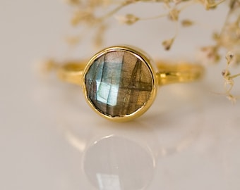Labradorite Ring, Solitaire Ring, Stacking Stone Ring, Round Faceted Stone, Aurora Borealis, Natural Stone Ring, Celestial Gift for Her