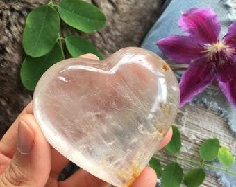 Clear inclusion quartz heart, quartz Heart, protection stone, healing stone, gerisol quartz