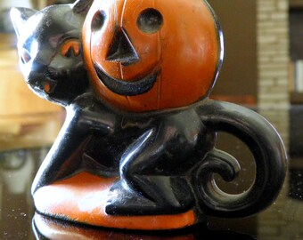 "1950s Rosbro Plastics (Providence, R.I.) Halloween Cat & Pumpkin Mini Candy Holder--2-1/2"" High x 3-3/4"" Long x 1-1/4"" Wide"