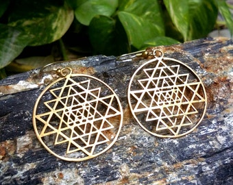 Sri Yantra Earrings, Tribal Brass Earrings. Drop Earrings, Brass Tribal Earrings, Boho Earrings. Gypsy Earrings. Ethnic Earrings
