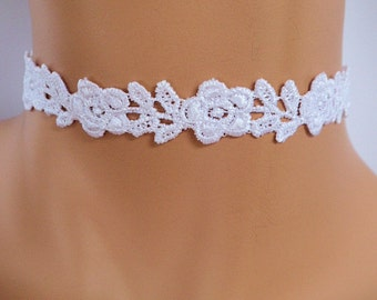 white lace choker, guipure lace, lace necklace