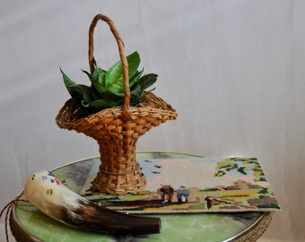 Vintage plant basket, succulent basket, air plant basket, air plant holder - vintage basket with handle, baskets, zero waste, boho decor