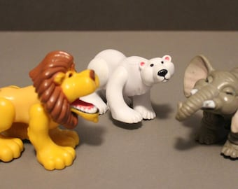 Vintage Fisher Price Lion, Polar Bear, Elephant can work with  #72583 Animal Families Nature Park