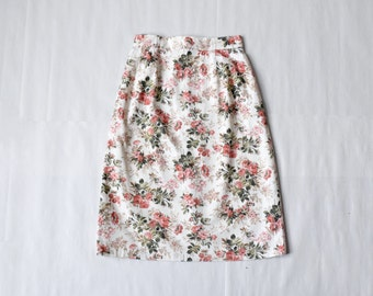 SALE: 1990s floral cotton skirt / size XS-S / pink rose print skirt / floral pencil skirt