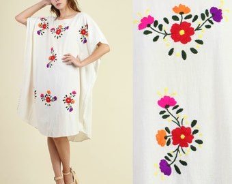 vintage 70s FLORAL + EMBROIDERED mexican CAFTAN dress one size fits most / oaxacan tunic hippie boho festival sun dress 1970s