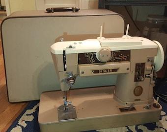 Vintage Singer 401A Sewing Machine W/ Case. Collectors Item! READ Description! Retro Decor