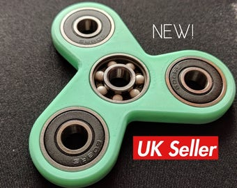 Fidget spinner toy - hand spinner / 3d printed / edc spinner / stress toy / spin toy / tri spinner / everydaycarry OFS