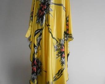 Long dress, robe, evening dress