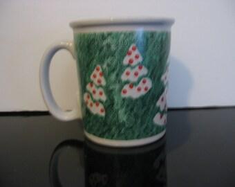 Vintage - Supersized Christmas Tree Mug