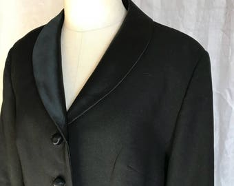 Classic Rich Conservative Style Vintage Post 60s Classy Career Suit Impeccable Construction Never Goes Out ofStyle