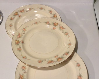 Homer Laughlin Georgian Eggshell Dinner Plate