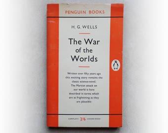HG Wells - The War of the Worlds - Penguin science fiction vintage paperback book - 1960