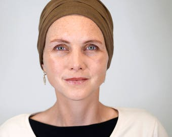Hat Terracotta for women who lose their hair because of chemotherapy, trichotillomania, alopecia or other hair problems.