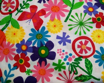 Timeless Treasures Red Tulip Fabric, Sewing Fabric, Cotton Fabric, Clothing Fabric, Quilting Fabric, Craft fabric, #154