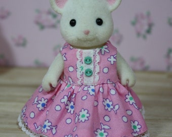 Calico Critters Dress, Pink Floral Dress with Lace and Buttons, Calico Critter Clothing, Calico Critter Clothes, Critter Accessories