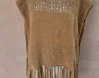 Unique Fringed Knit Sleeveless Caramel Brown Poncho