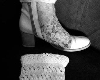 BootCuffs Mini gaiters, white, cotton, unique crochet handmade, gift idea, mother's day, spring, Hey wool In France.