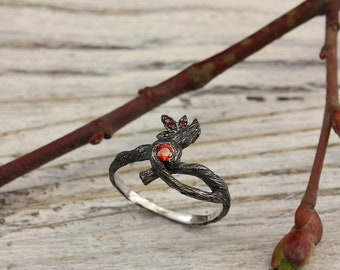 Twist branch garnet ring with leaves, Unique garnet branch ring, Garnet twig ring, Unusual tree ring, Women's tree ring, Gift for girlfriend