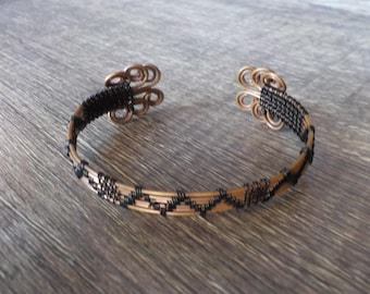Wire weaved wire cuff bracelet