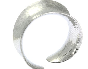 Anticlastic Hammered Aluminum Bangle, Wide Silver Bangle, Hammered Bangle, 10th Anniversary Gift, Hypoallergenic Bracelets, John S Brana