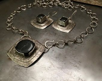 Rustic silver necklace and earrings set, handmade chain, black stone design