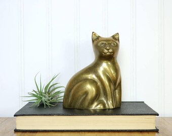 Brass Cat Figurine, Vintage Brass Kitten, Cat Lovers Gift, Brass Animals, Home Accents, Nature Organic Decor, Gifts For Her Him Mom, Pets