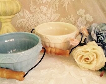 Country Cottage Kitchen Mixing Bowls