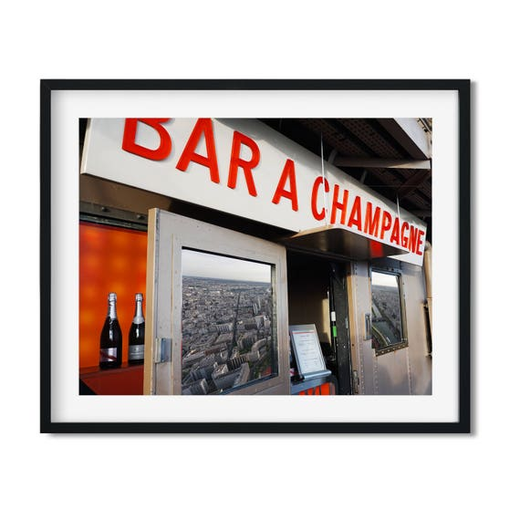 Bar Á Champagne - Eiffel Tower Champagne Bar Art Print
