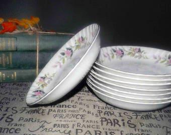 Vintage (c.1960s) Creative Japan Regency Rose 2345 coupe-shape soup, cereal or salad bowl. Pink rose garland with greenery, gold edge.