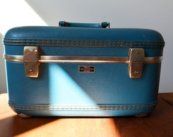 Vintage Christie Train Case In Blue with Mirror and inner Pockets Mid Century Luggage Retro Makeup Case