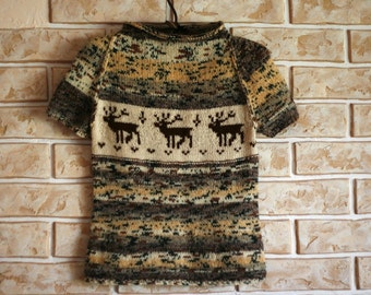 Hand knit woman sweater with reindeer - made to order