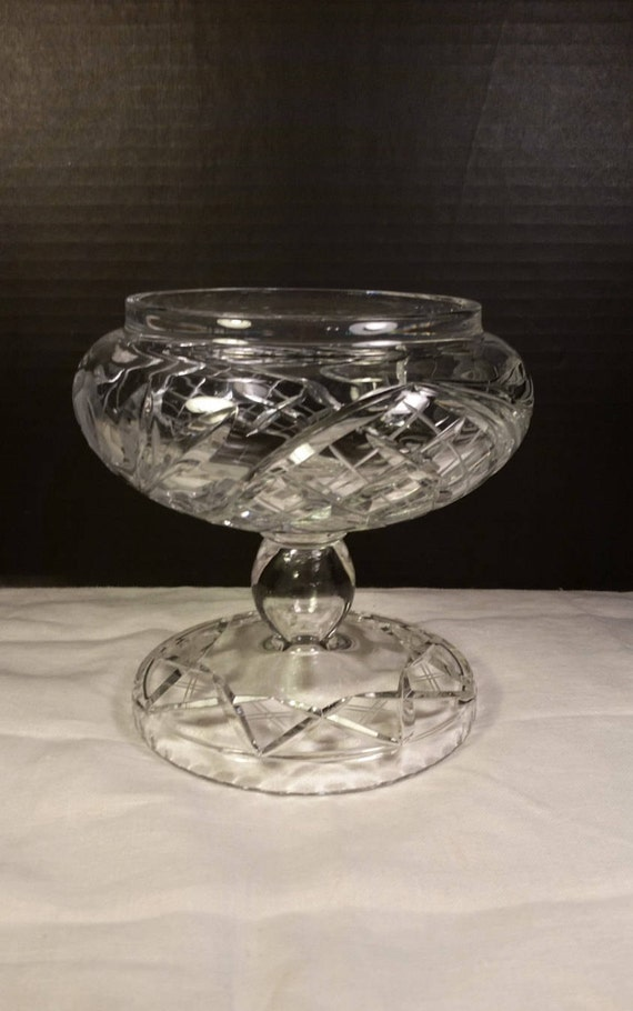 Crystal Cut Footed Glass Rose Bowl Vintage Large Crystal Bowl Mothers Day Gift Crystal Cut Base Fish Rose Fruit Bowl Heavy Crystal Wedding