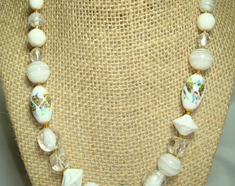 Vintage Confeti Glass Beaded Necklace with White and Swirled Beads Made in JAPAN.