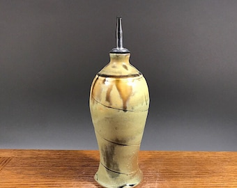 20 oz Olive Oil Bottle , Stoneware Olive Oil Bottle , Vinegar Pouring Bottle , Olive Oil Cruet , Pouring Bottle