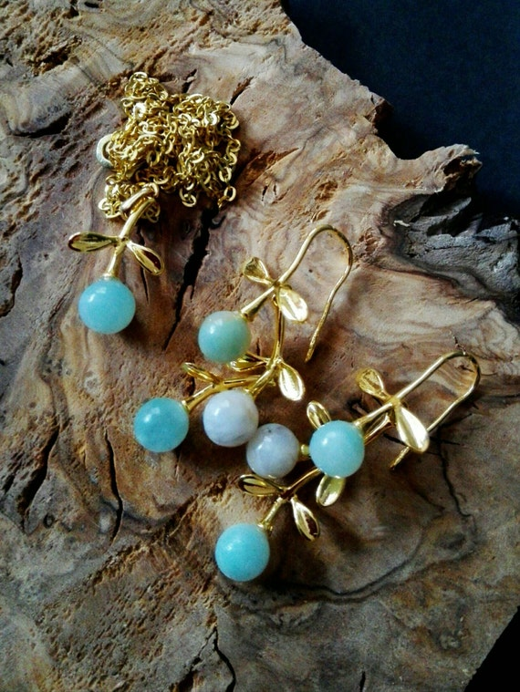 Gemstone earrings Cascade earrings Gold turquoise dangle earrings aqua green amazonite beaded jewelry set Dainty necklace Bridesmaid gift