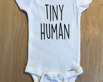 Tiny Human baby onesie, gerber onesie, tiny human, funny baby onesie, funny onesie, baby announcement, pregnancy announcement
