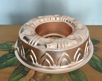 Copper Cake Mold Bundt Cake Pan Jello Mold Vintage Distressed Aluminum Silver Bakeware Cookware Dessert Baking