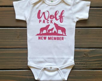 Baby girl clothes, wolf baby bodysuit, infant bodysuit, printed baby t-shirt, new baby gift, coming home outfit, trendy baby clothes