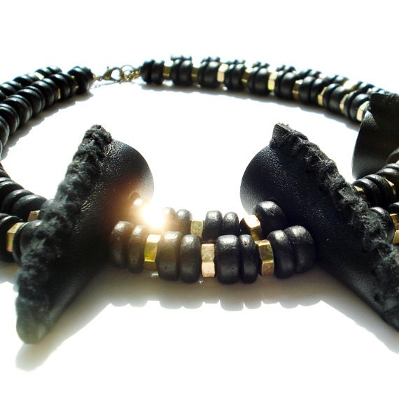 Statement Necklace With Genuine Leather Covered Horn