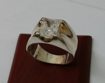 925 Silver ring with clear Crystal stone SR367