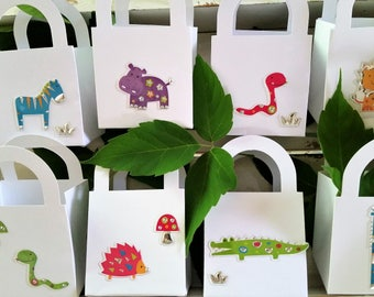 16 Wild animal party favour boxes - birthday/baby shower party favours - kid's party animal favours - zoo/jungle/forest animal boxes