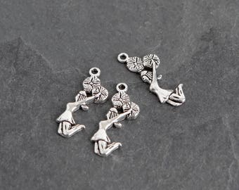22 Antique Silver Cheerleader Charms, Metal Charms Destash